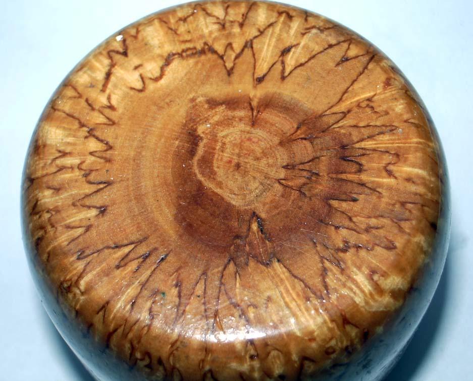 Карельская береза фото дерево в разрезе